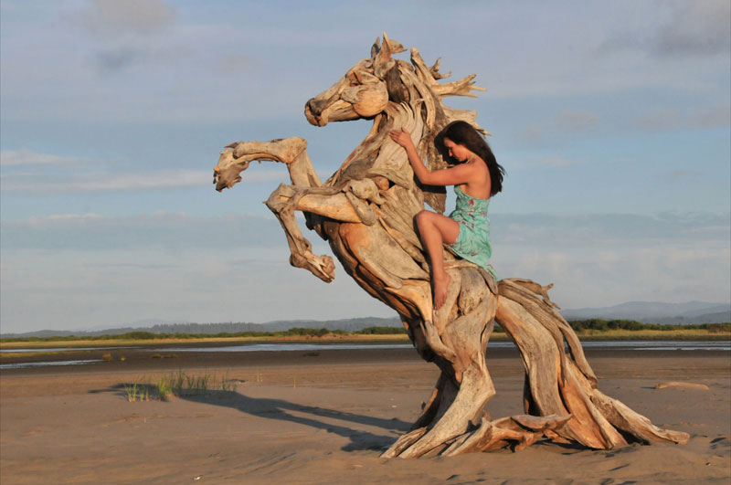 driftwood-sculptures-jeffro-uitto